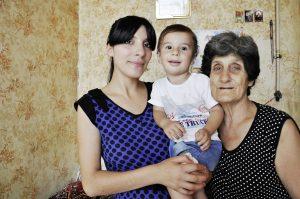 KLEIN_30_Susik mit Tante Xenia und Sohn Kopik DSC_0413