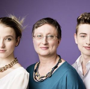 Gertrude Pirklbauer hat neben ihrem leiblichen Sohn zwei Mädchen - eines als Adoptiv-, eines als Pflegekind - großgezogen./© Robert Maybach